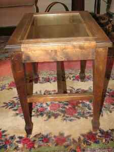 Antique Black Walnut Piano Bench Stool Side Table With Glass Top Kitchener / Waterloo Kitchener Area image 2