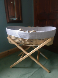 Baby Mosses Basket with Stand