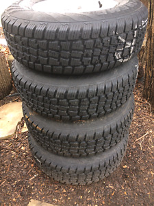 Avalanche snow tires with TJ jeep rims