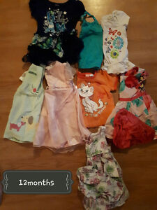 ~* Girls clothes size 12months *~