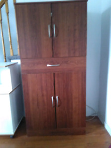 Pantry with drawer