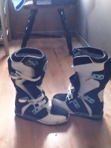 Woman's Motocross boots (size 10)