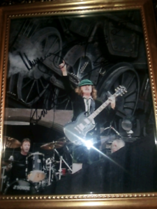 Acdc signed picture