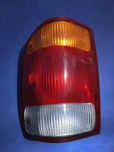 1999 Ford Ranger drivers side tailight