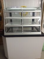 QBD reconditioned refrigerated show case