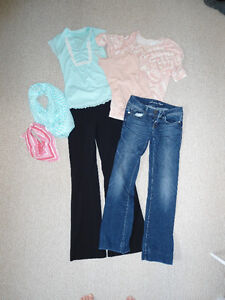 Bag of Women's XS/S Clothes - Excellent Condition - 16 items!
