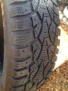 Set of 4 Sunny winter tires 185/65/15 call: (514)777-6421