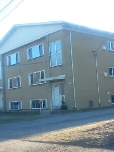 2 bdrm- Upton Road- great location