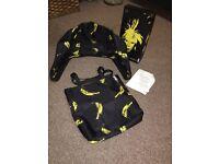 Bugaboo bee3 Andy warhol bananas 🍌 extendable hood and tote