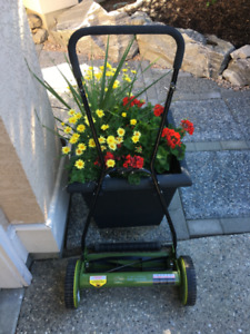 "16"" Sunjoe Reel Mower"