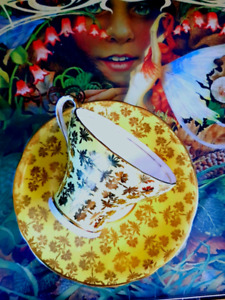 YELLOW WITH GOLD OVERLAY CHINTZ DESIGN  CORSET  TEACUP SALE