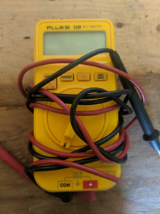 Fluke Multimeter | Kijiji - Buy, Sell & Save with Canada's