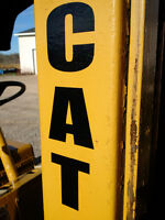 CAT FORKLIFT  -  5000 lbs Lift Capacity  -  Works Great!!