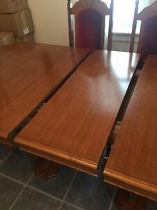 Oak Buffet and Hutch, Dining Table and Chairs Cambridge Kitchener Area image 7