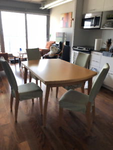 Ikea Extendable table with 4  dining chairs $140