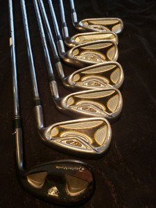 Taylormade R7 Iron Set With Taylormade 56° TS Wedge *Missing 9 I