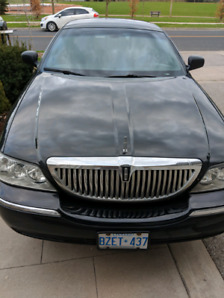 2011 used Lincoln Town Car