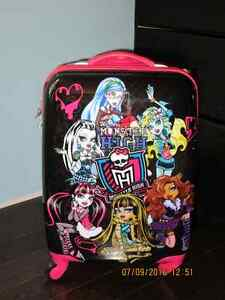 Monster high carrying case/Valise Monster high Gatineau Ottawa / Gatineau Area image 2