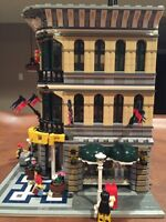 LEGO GRAND EMPORIUM 10211 RETIRED SET