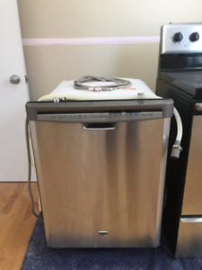Lave-vaisselle 24'' Maytag acier inoxydable