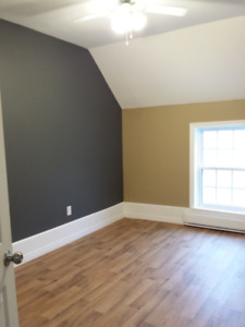 Large 2 bedroom in quiet building. Central downtown Truro.