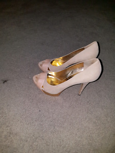 Guess by Marciano heels size heels