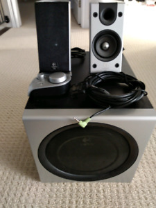 Logitech computer surround speakers and subwoofer