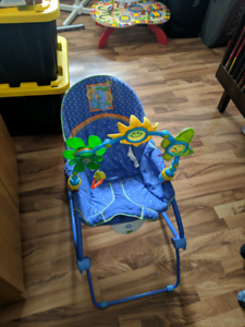 Baby's vibrating chair