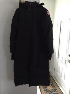canada goose resolute parka ladies