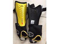 Hockey shin pads size xxs