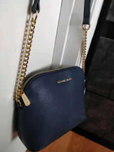 Brand New with Tag Michael Kors Crossbody Purse