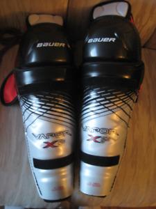 Bauer Vapor X5.0 Senior  15' Hockey Knee Pads