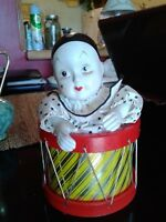 "PORCELAIN CLOWN IN DRUM Pretty "" PLAYS SONG  -1960'S -8"" HIGH"