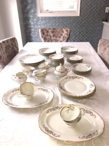 Vintage Wakbrych China Set, Made in Poland Gold Rimmed