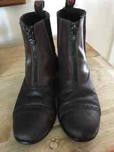 Ariat paddock boots- girls size 2