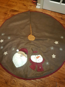 Christmas tree stand cover
