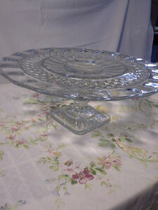 *Beautiful Vintage plates, tea cups and tableware rentals* Windsor Region Ontario image 6