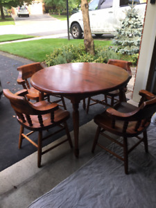 Solid Pine Dining Table and 4 Captains Chairs