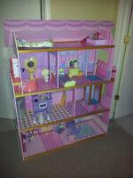 ▄▀▄▀▄▀▄▀▄▀▄▀▄. Maison pour poupée Barbie .▄▀▄▀▄▀▄▀▄▀▄▀▄
