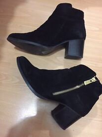 Ladies black River Island boots size 4