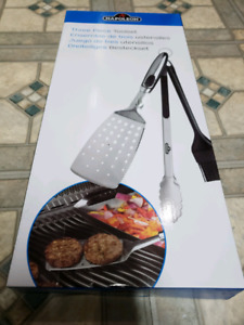 BRAND NEW NAPOLEON 3 PEICE BBQ UTENSILS SET