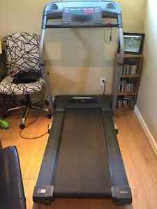 Treadmill For Sale-- GOOD Condition Cornwall Ontario image 3