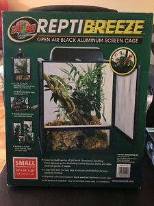 Brand New Reptiles Cage UVB light and Heating pad!