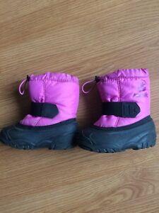 Girls winter boots / bottes d'hiver pour filles  Gatineau Ottawa / Gatineau Area image 1
