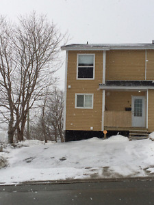 3 BEDROOM END UNIT TOWN HOUSE FOR RENT