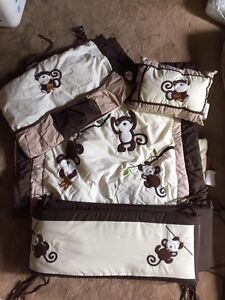 Monkey bed set