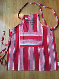 New, Large Chef  Apron With Embroidered With Boss Message