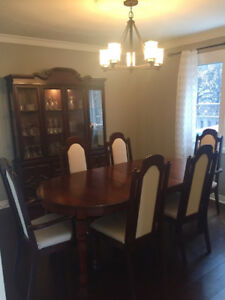 Dining set -solid wood 6 chairs - stoufville- curio cabinet