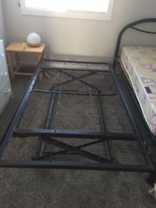Pop-up Trundle twin bed frame