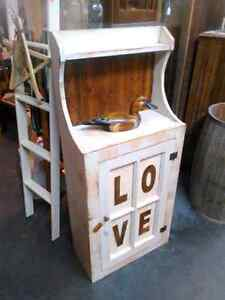 Antiques,Pantry's,Shelves,Benches
